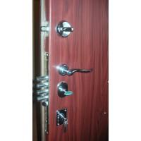 Metāla durvis ar slēdzeni MOTTURA 54.797
