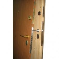 Metāla durvis ar slēdzeni-zirneklis CISA 57.535 +  cilindra mehānisms